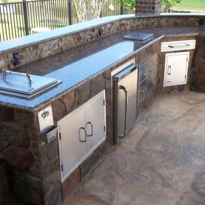 CUSTOM DESIGN YOUR OWN OUTDOOR KITCHEN Outdoor Stone Patio Kitchen
